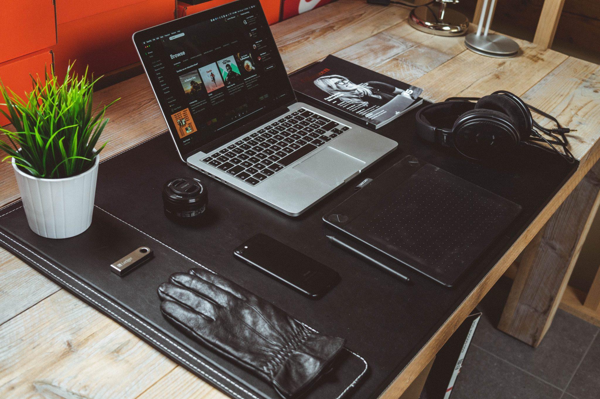 Best 2 In 1 Laptop Black Friday Deals