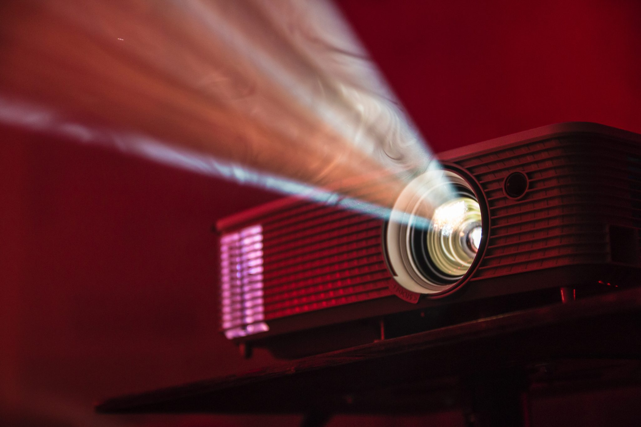 best cheap projector under 50